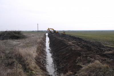 В регионе  отремонтируют 290 километров мелиоративных каналов