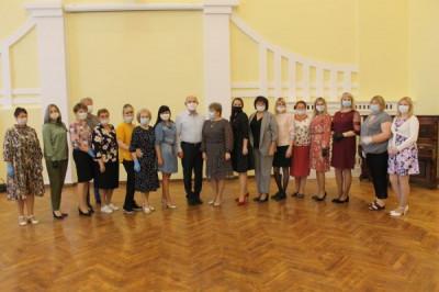 Единороссы Черняховска чествовали социальных работников