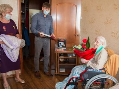Андрей Кропоткин поздравил ветерана со 105-м юбилеем