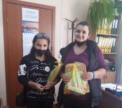 Депутаты-единороссы региона поздравили ребят с Днём знаний