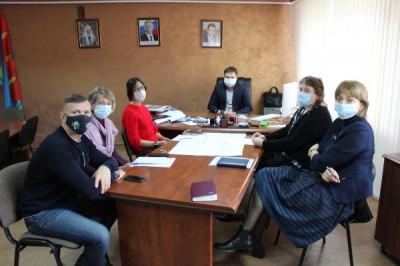 Единороссы Пионерского помогут пожилым гражданам