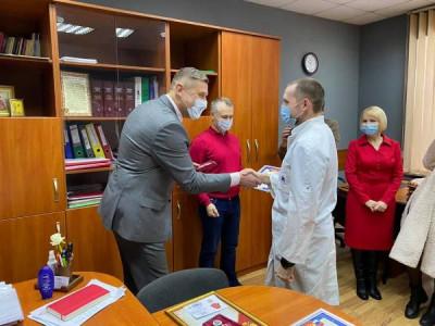 В Советске «Единая Россия» поздравила мужчин-врачей