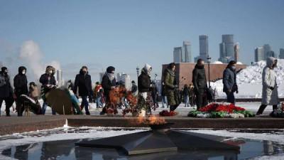 23 февраля десятки тысяч людей присоединились к акции «Единой России»