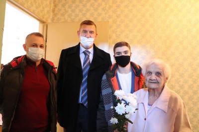 В Советске «Единая Россия» поздравила ветерана с праздником