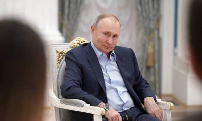 Владимир Путин поддержал участие волонтёров в политике