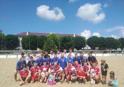 Единороссы Светлого организовали турнир по пляжному футболу