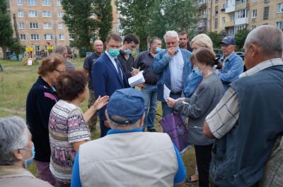 Единороссы Янтарного помогут жителям включиться в программу капремонта