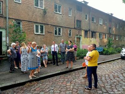 Координатор партпроекта «Городская среда» встретился с жителями